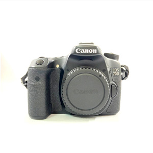 Canon キャノン 一眼レフカメラ ボディ EOS 70D