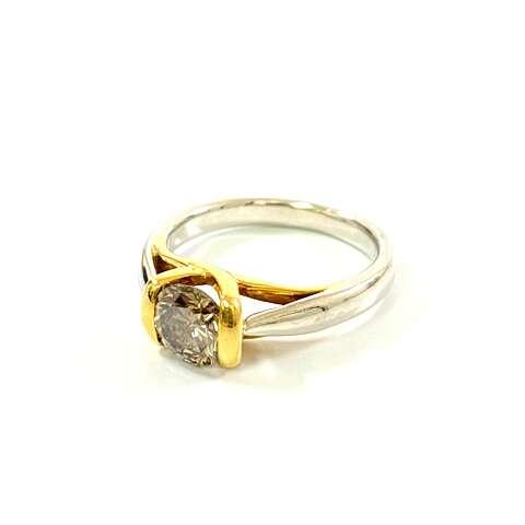 Pr900 プラチナ ブラウンダイヤモンド デザインリング
