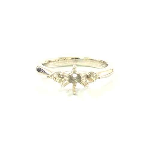 Pt900 プラチナ 石の取れた指輪